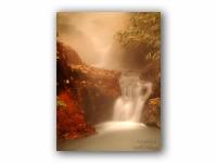 温泉の滝の壁紙