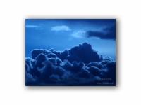 月明かりの雲の壁紙
