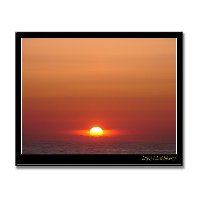 室蘭市イタンキ浜の朝陽