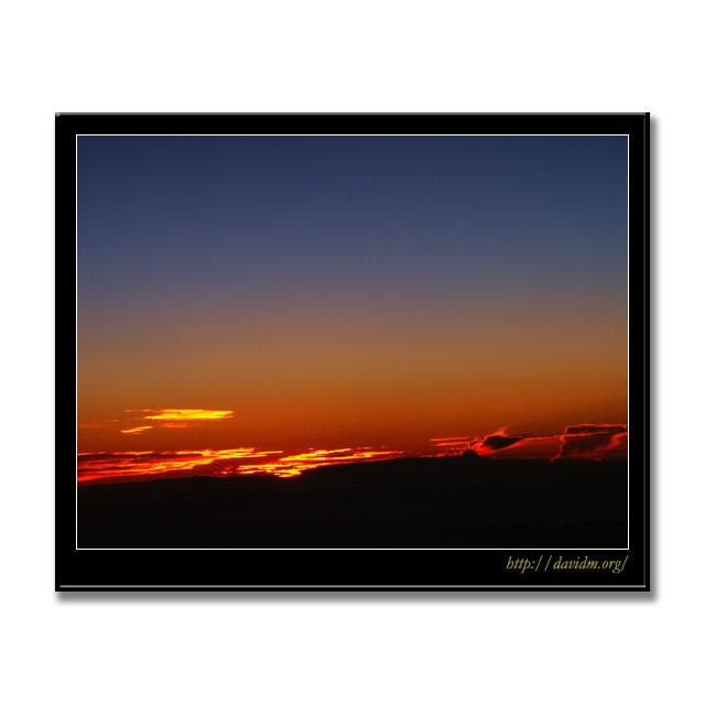 ハワイ機上の夜明け1