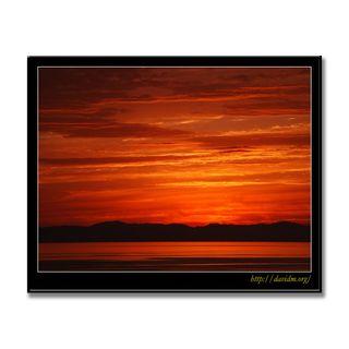 空を赤く染める絵鞆の夕陽