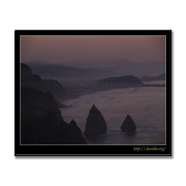 朝の室蘭の崖からの風景