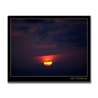 絵鞆のまん丸な夕陽