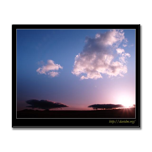 夏の札内高原の夕暮れ