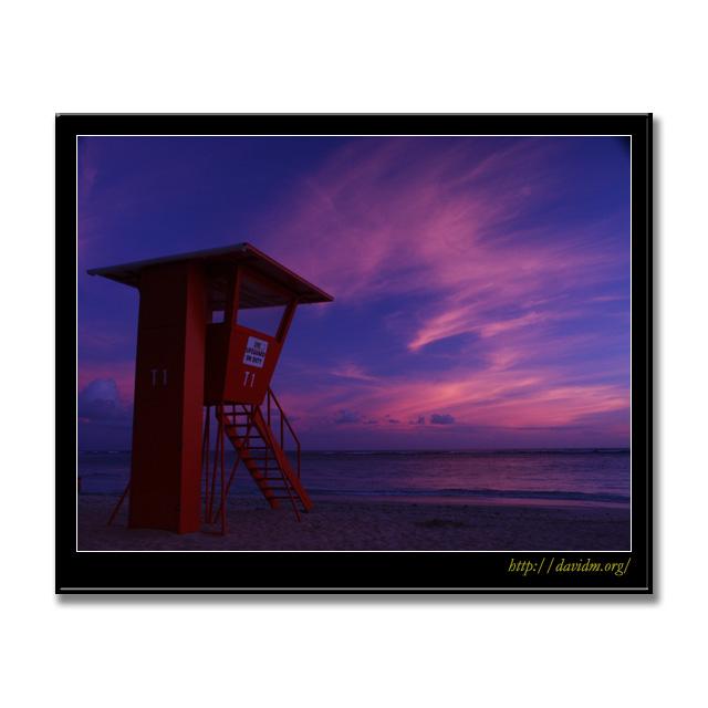 ハワイ夕景と監視台