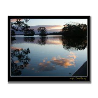 秋の大沼の朝