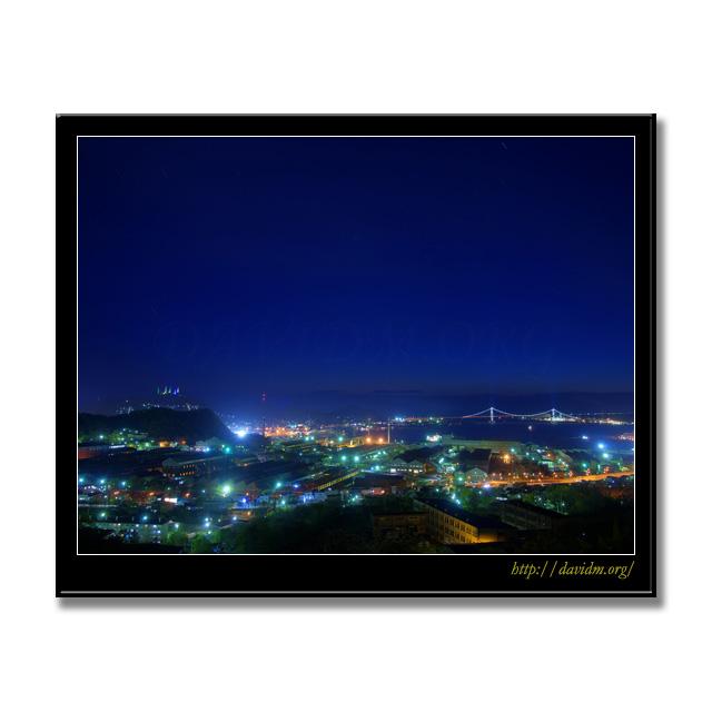 室蘭の夜景写真:白鳥大橋、測量山