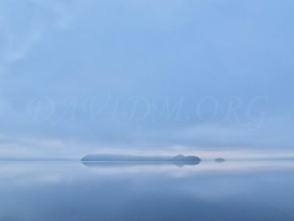 洞爺湖に映る雲