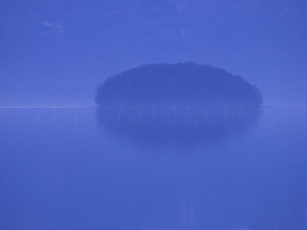 洞爺湖のまんじゅう島の写真