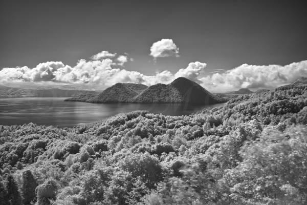 洞爺湖の赤外線写真