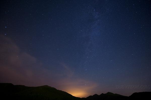 室蘭から見る天の川の星景写真