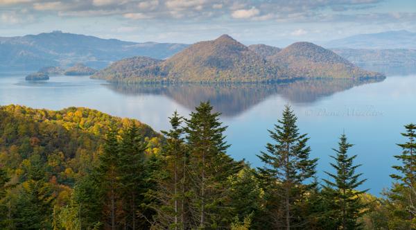 洞爺湖の秋