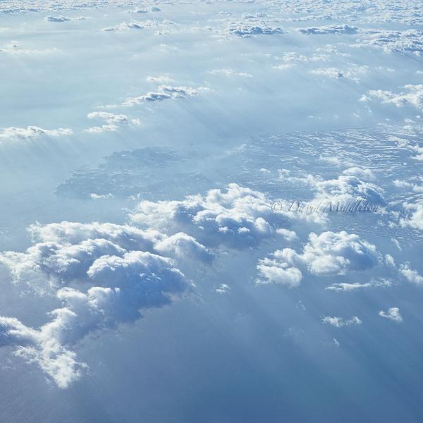 雲間から見える室蘭