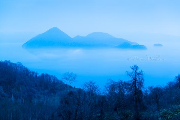 霧と洞爺湖