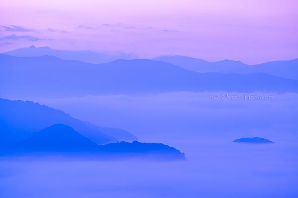 洞爺湖と霧の雲海