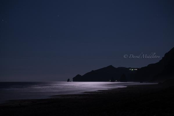 満月とイタンキ