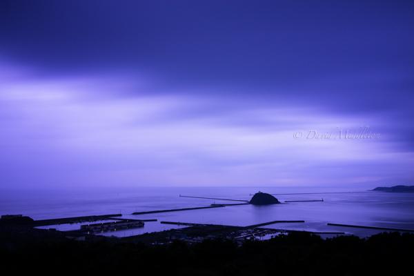 夕暮れの大黒島の写真