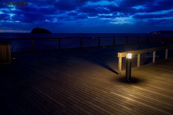 今月の壁紙: 夕暮れの大黒島