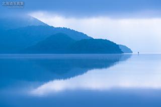 今月の壁紙: 朝の中島と浮見堂
