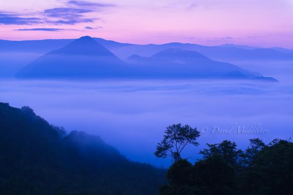 雲海の洞爺湖